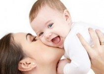 baby-names-mom-and-laughing-baby1