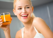 woman-with-juice