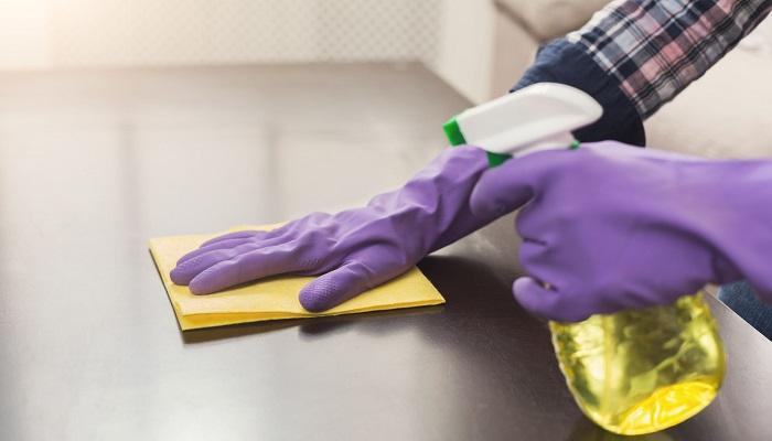 COVID-19: Como preparar la lejía y el alcohol para desinfectar
